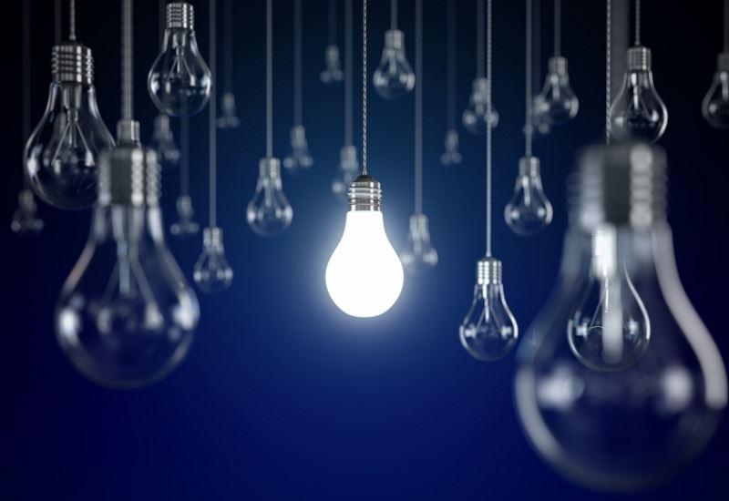 allazorevma.gr: Συμβουλές για σταθερή τιμή ρεύματος κατά την αλλαγή παρόχου
