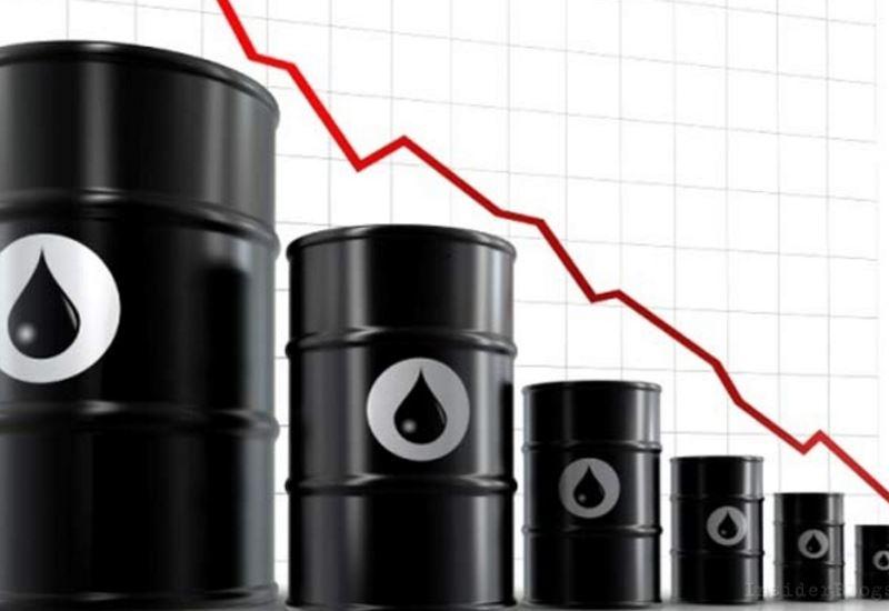 Σε χαμηλό εξαμήνου το πετρέλαιο