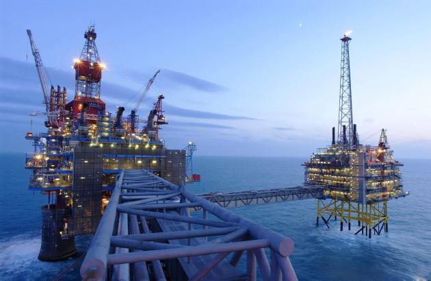 Μεγάλη μείωση αναμένεται στις επενδύσεις πετρελαίου και φυσικού αερίου