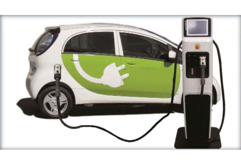 Γαλλία: Σταματούν οι πωλήσεις οχημάτων με ορυκτά καύσιμα έως το 2040