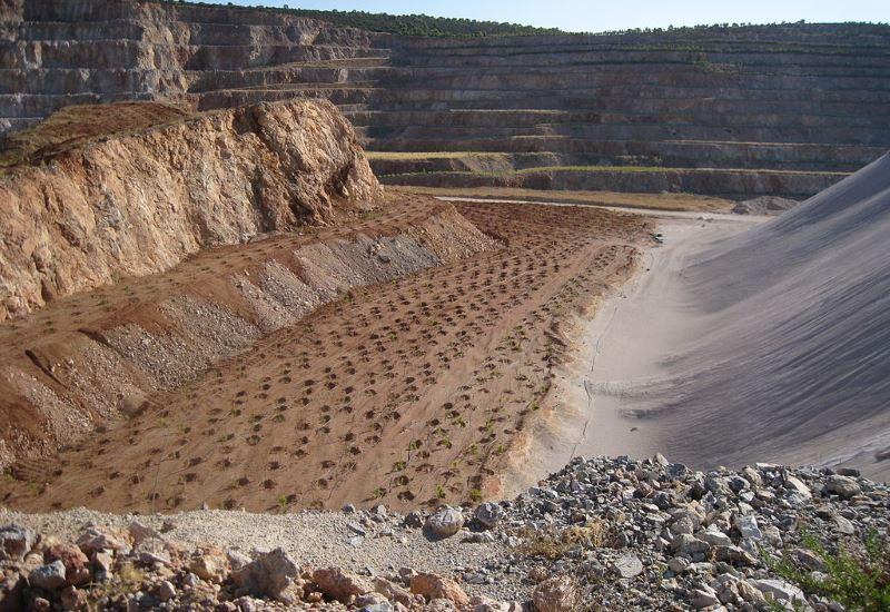 Παράταση δημόσιας διαβούλευσης για την «Έρευνα και εκμετάλλευση λατομικών ορυκτών και άλλες διατάξεις»