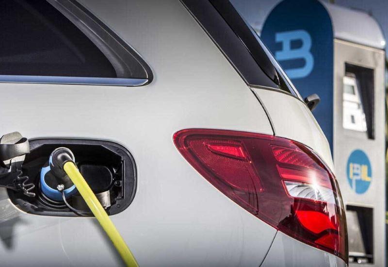Νέα ηλεκτρικά οχήματα με μπαταρίες στερεού τύπου από την Toyota