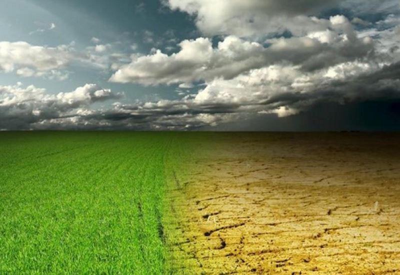Μακρόν: «Οι δράσεις για την κλιματική αλλαγή χρειάζεται να υπερβούν τη συμφωνία του Παρισιού»
