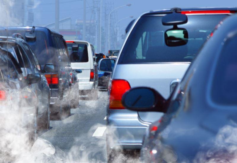 Ε.Ε.: Ξεκινούν οι νέοι έλεγχοι στους ρύπους αυτοκινήτων