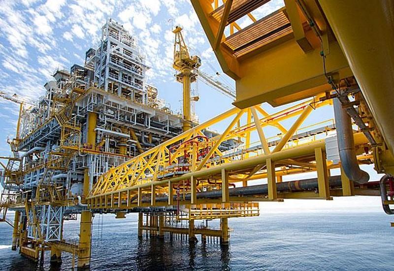 Στη Βουλή η σύμβαση με Total-Edison-ΕΛΠΕ για τους υδρογονάνθρακες στo Ιόνιο