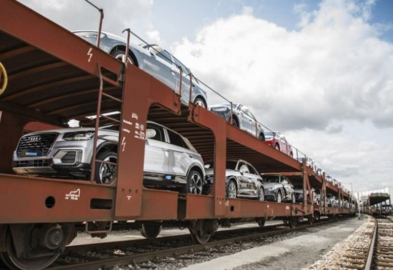 Mε ηλεκτρικά τρένα μεταφέρει τα μοντέλα της η Audi