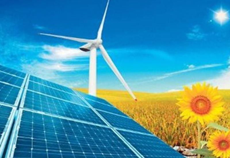 EY: Το 48% των συμφωνιών του κλάδου της ενέργειας, στις ΑΠΕ