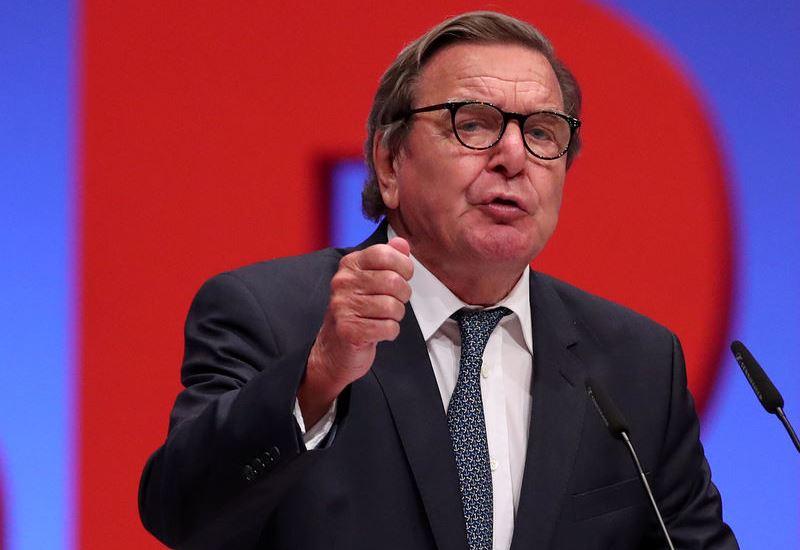 Πρόεδρος της Rosneft ο πρώην καγκελάριος Γκέρχαρντ Σρέντερ