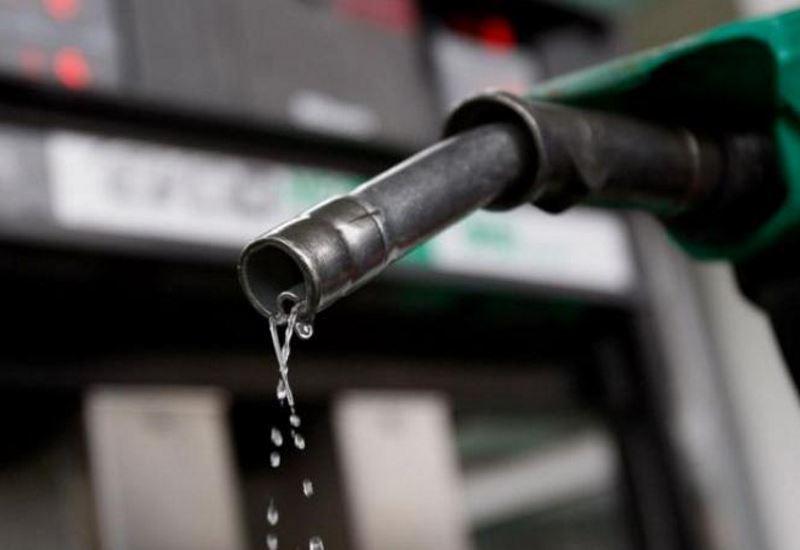 Πληθαίνουν οι προβλέψεις για μείωση της κατανάλωσης πετρελαίου…