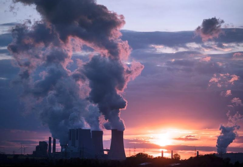Η κλιματική αλλαγή πιέζει τις τράπεζες