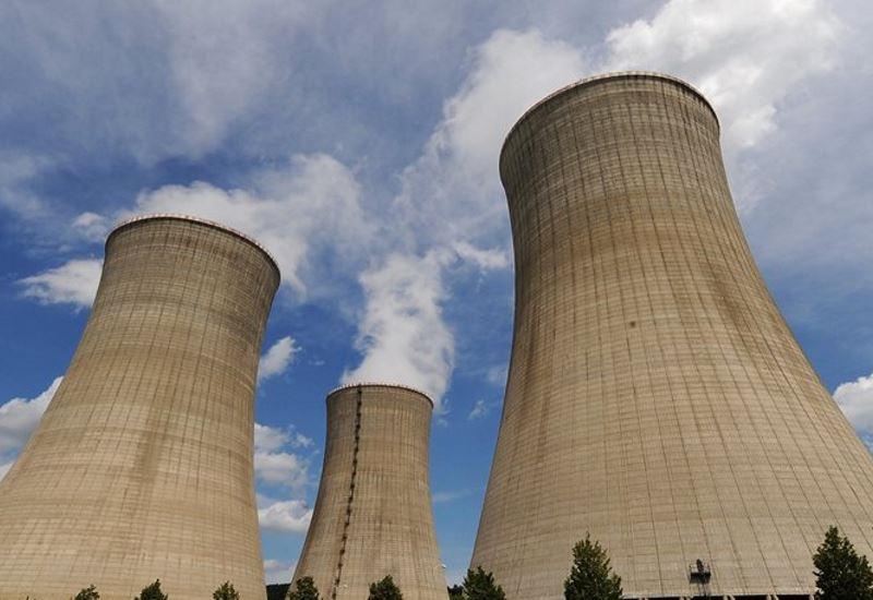 Αίγυπτος: Έπεσαν οι υπογραφές για τον πρώτο πυρηνικό σταθμό