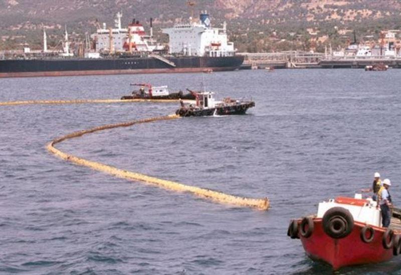 Μικρής έκτασης θαλάσσια ρύπανση στο Νέο Μώλο Δραπετσώνας