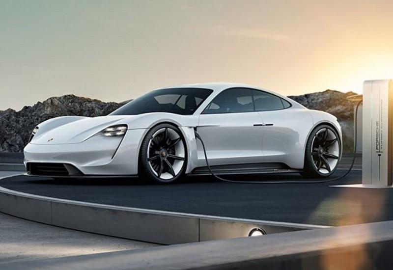 Επενδύση- μαμούθ από την Porsche στην ηλεκτροκίνηση