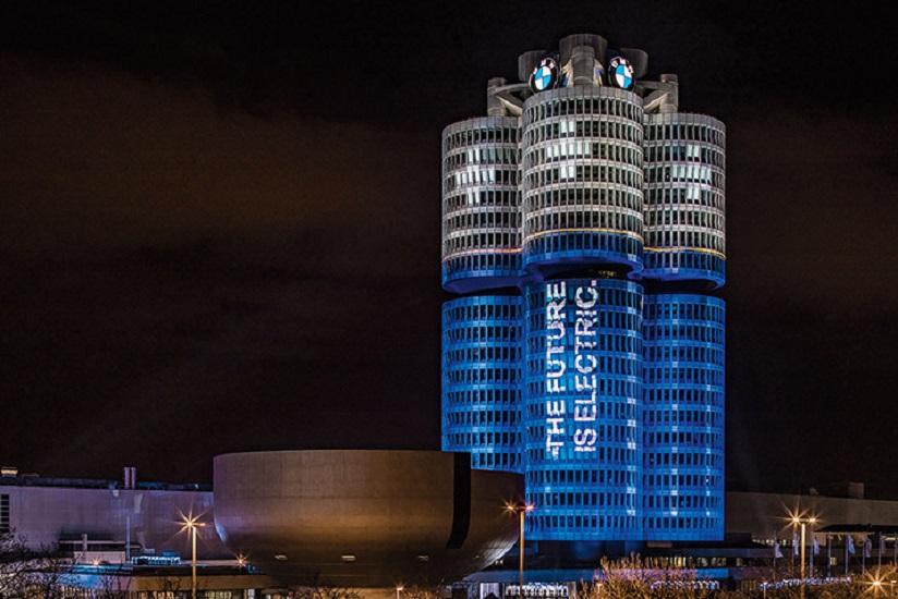 Η BMW επενδύει στην ηλεκτροκίνηση- Σχεδιάζει 25 νέα μοντέλα