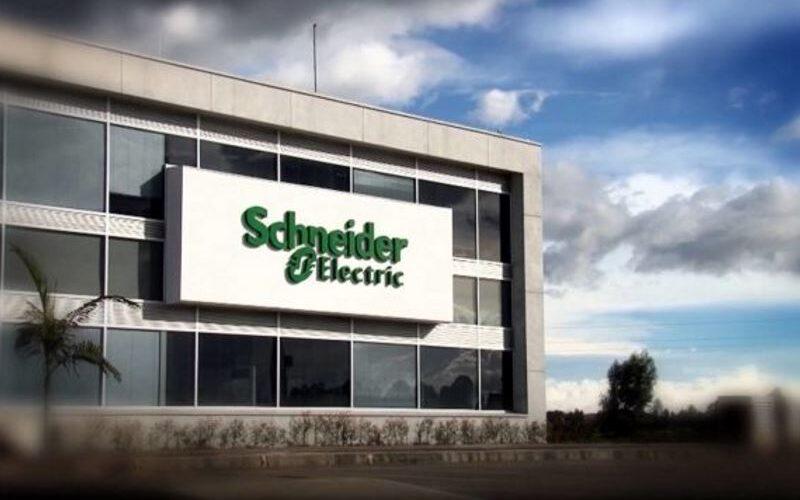 Schneider Electric και E.ON: Διάκριση στα 8 α enerTIC awards
