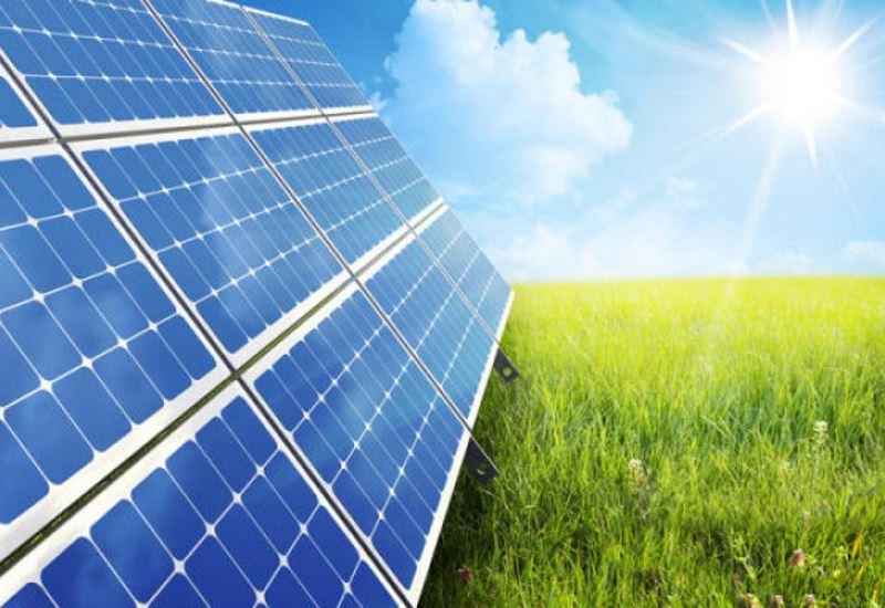 Κομισιόν: Στόχος η αξιοποίηση της ηλιακής ενέργειας