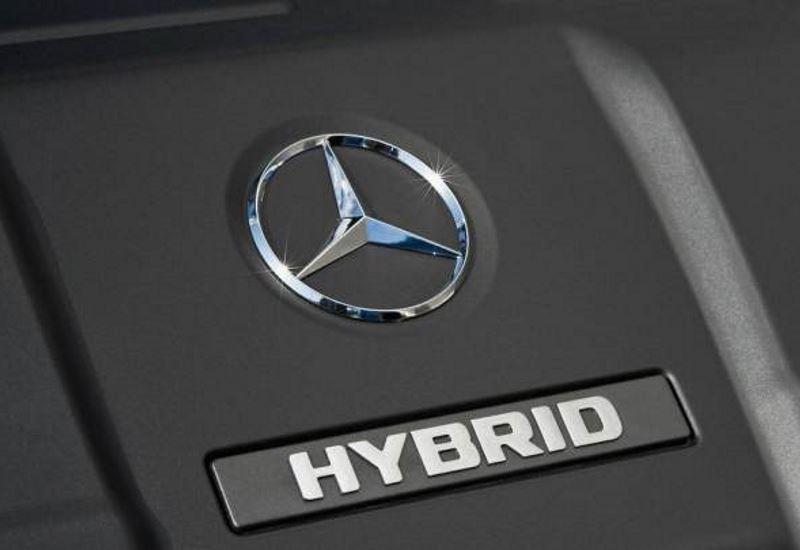 Στα υβριδικά πετρελαιοκίνητα οχήματα στρέφεται η Mercedes