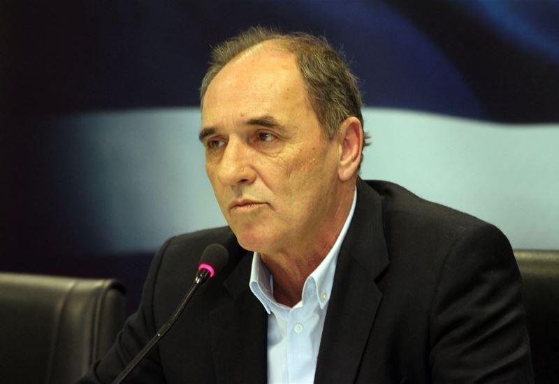 Σταθάκης: «Δεν υπάρχει πρόβλημα ρευστότητας στη ΔΕΗ»