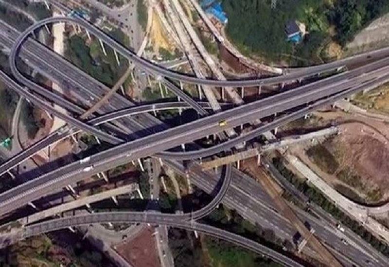 Η Κίνα σχεδιάζει «έξυπνους» αυτοκινητόδρομους