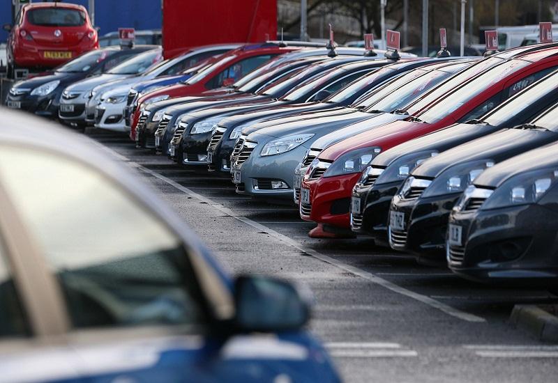 Δανία: Απαγορεύει βενζινοκίνητα και πετρελαιοκίνητα αυτοκίνητα