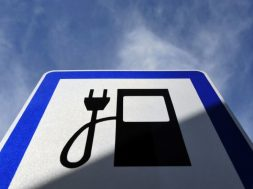 electric-charging-station-sign-1038×576