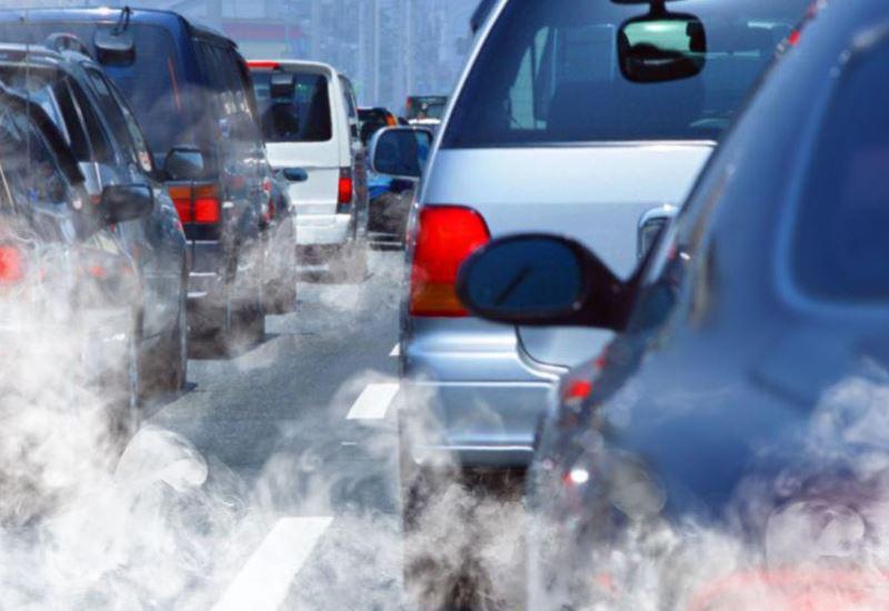 «Αγωνίζονται» οι αυτοκινητοβιομηχανίες για τη μείωση εκπομπών άνθρακα