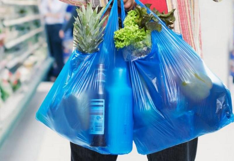 Μειώθηκε κατά 76% η χρήση πλαστικής σακούλας