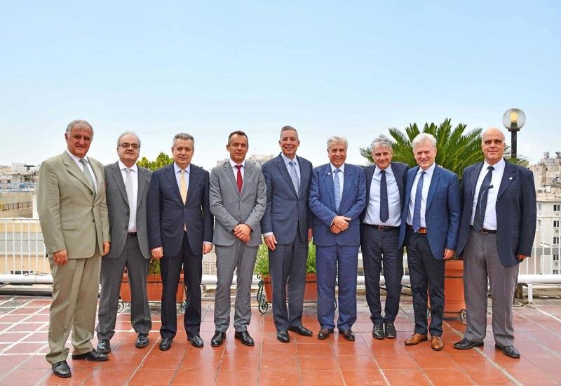 Συνάντηση ανώτατων στελεχών της General Electric και της ΔΕΗ