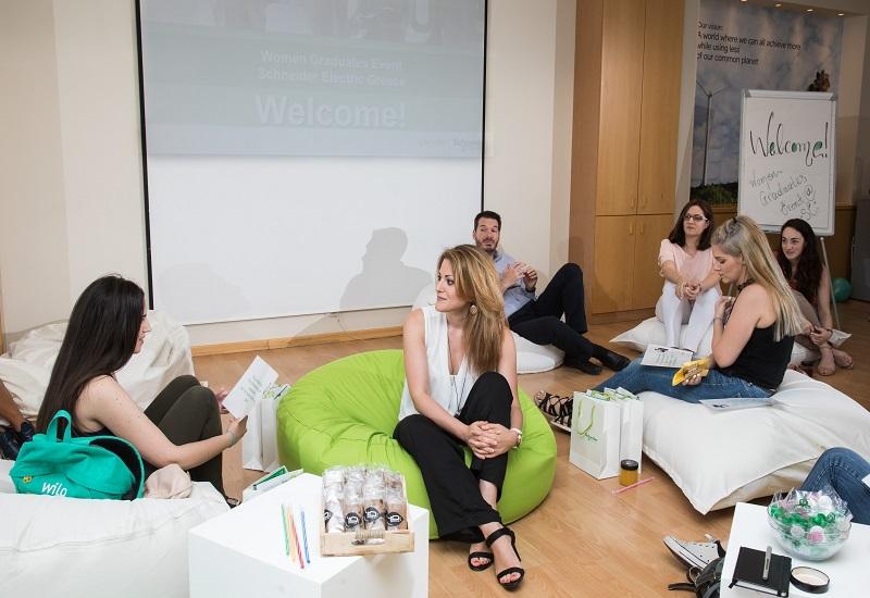 Η Schneider Electric ενισχύει τον ρόλο της γυναίκας στον εργασιακό χώρο