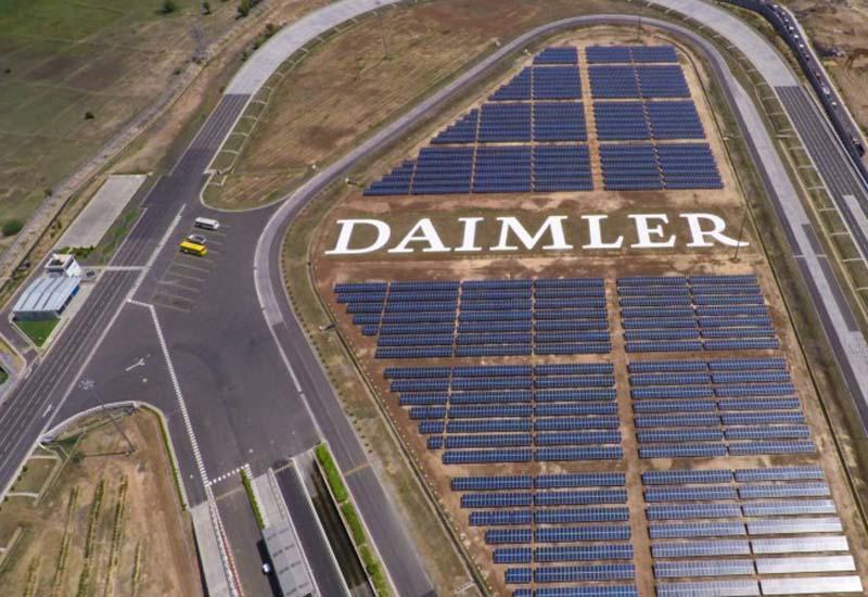 Σταματάει τις δραστηριότητές της στο Ιράν η Daimler