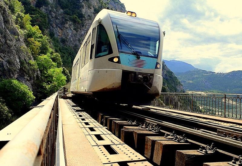 Στις ράγες τον Απρίλιο το τρένο στο τμήμα Κιάτο – Αίγιο