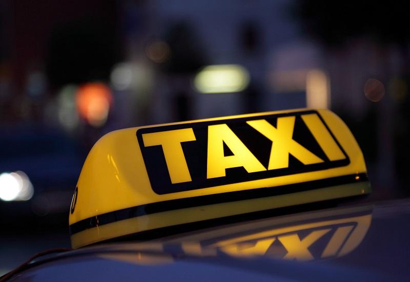 Στα «σκαριά» υδατοδρόμια και ηλεκτρικά ταξί