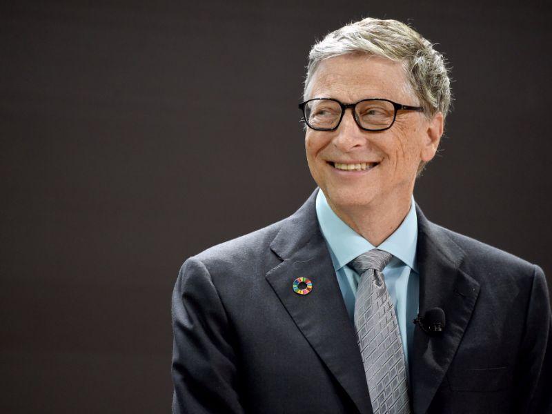"""Μπιλ Γκέιτς: """"Δεν αρκεί η στροφή στις ΑΠΕ"""""""