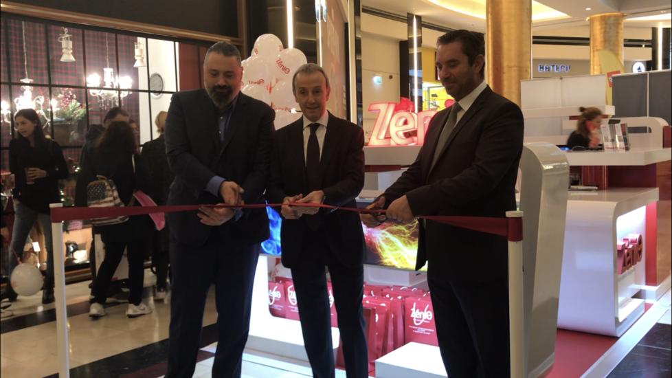Η ΖeniΘ άνοιξε pop-up store στην Αθήνα