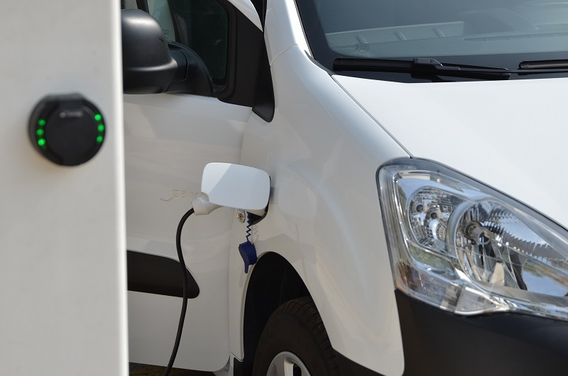 H LeasePlan Hellas οδηγεί το μέλλον της αυτοκίνησης μαζί με τους εταιρικούς της πελάτες