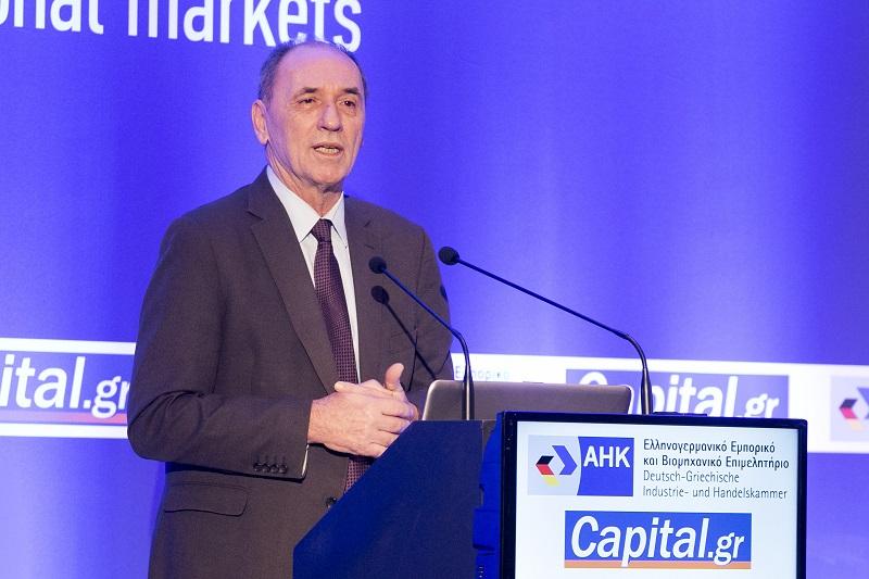 Επενδύσεις 33 δισ. ευρώ στην ενέργεια προανήγγειλε ο Γ. Σταθάκης