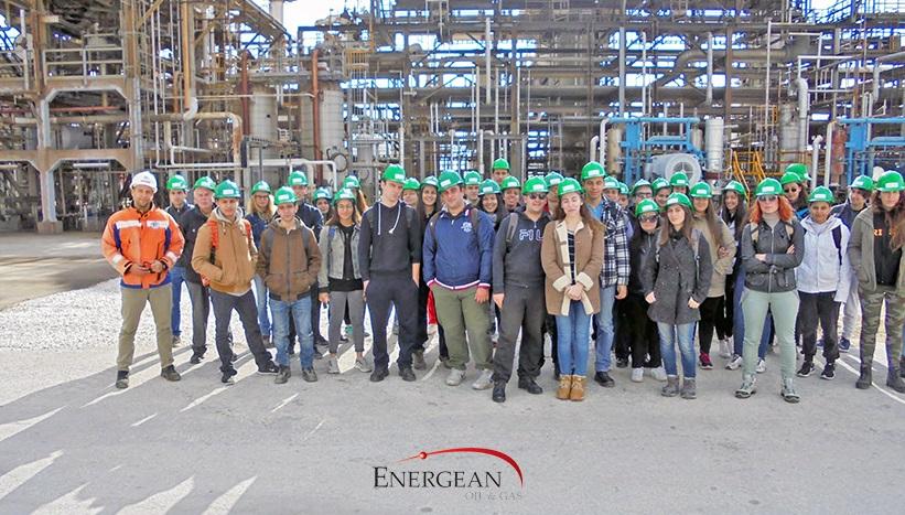 Φοιτητές από το Αριστοτέλειο Πανεπιστήμιο Θεσσαλονίκης στις χερσαίες εγκαταστάσεις της Energean στη Νέα Καρβάλη Καβάλας