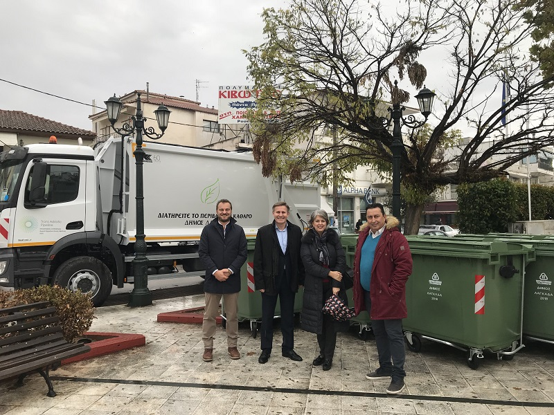 Ο ΤΑΡ ολοκληρώνει τη δωρεά 17 απορριμματοφόρων σε Δήμους της Β. Ελλάδας