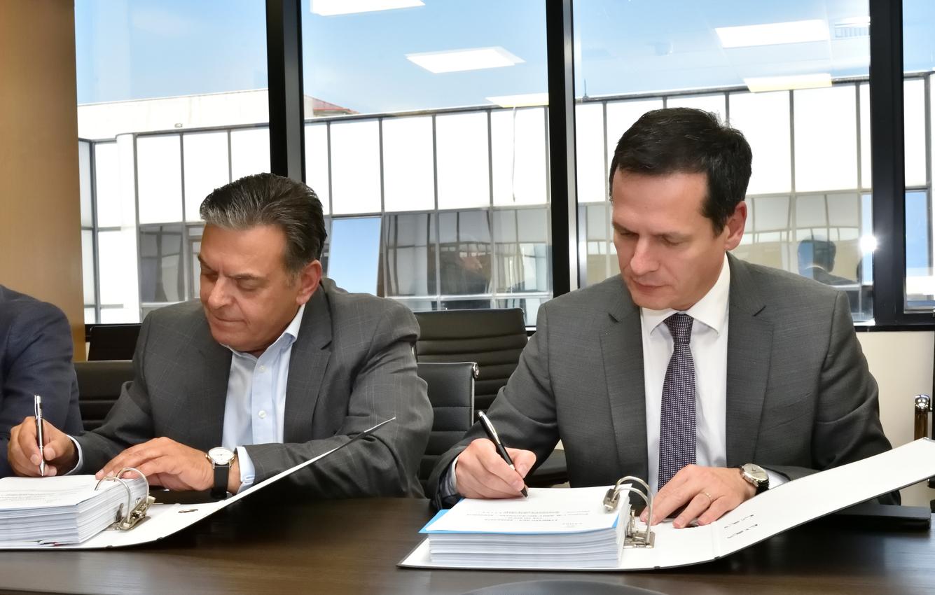 Υπεγράφη η σύμβαση ΑΤΕΡΜΩΝ-ΙΝΤΡΑΚΑΤ για γραμμή μεταφοράς 400 kV στην Πελοπόννησο