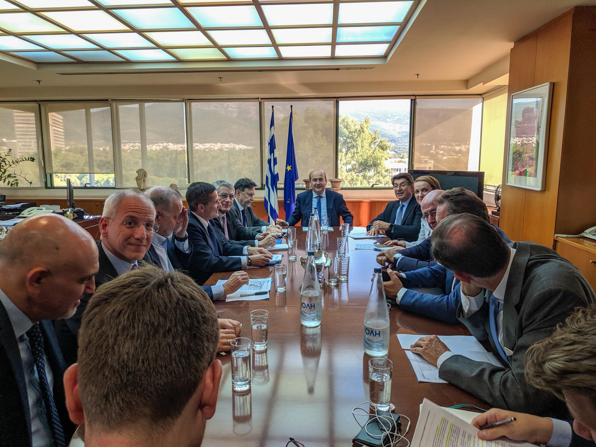 Κ. Χατζηδάκης: «Συμφωνήσαμε με ΣΕΒ για τον εκσυγχρονισμό του ενεργειακού τοπίου»