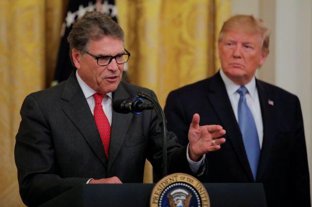 Ο Ντόναλντ Τραμπ ανακοίνωσε την αποχώρηση του υπουργού Ενέργειας Ρικ Πέρι