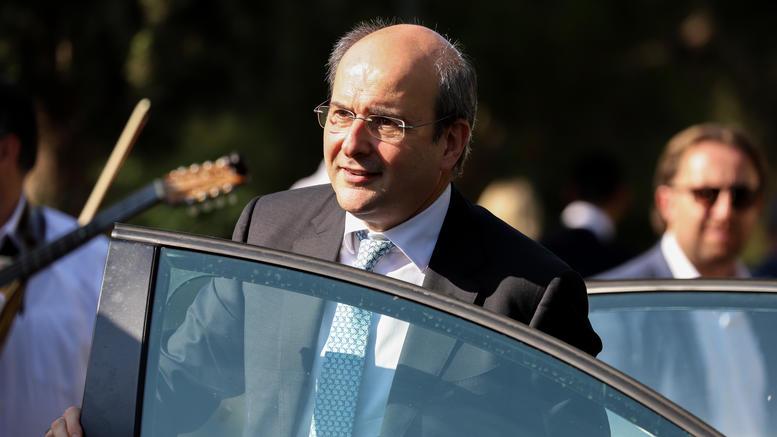 Με τον πρόεδρο της ΓΕΝΟΠ/ΔΕΗ θα συναντηθεί σήμερα ο Χατζηδάκης