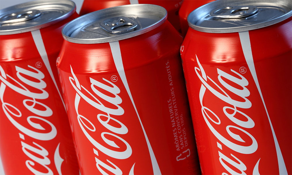 Η πρωτοποριακή κίνηση της Coca Cola για τη μείωση πλαστικού και CO2