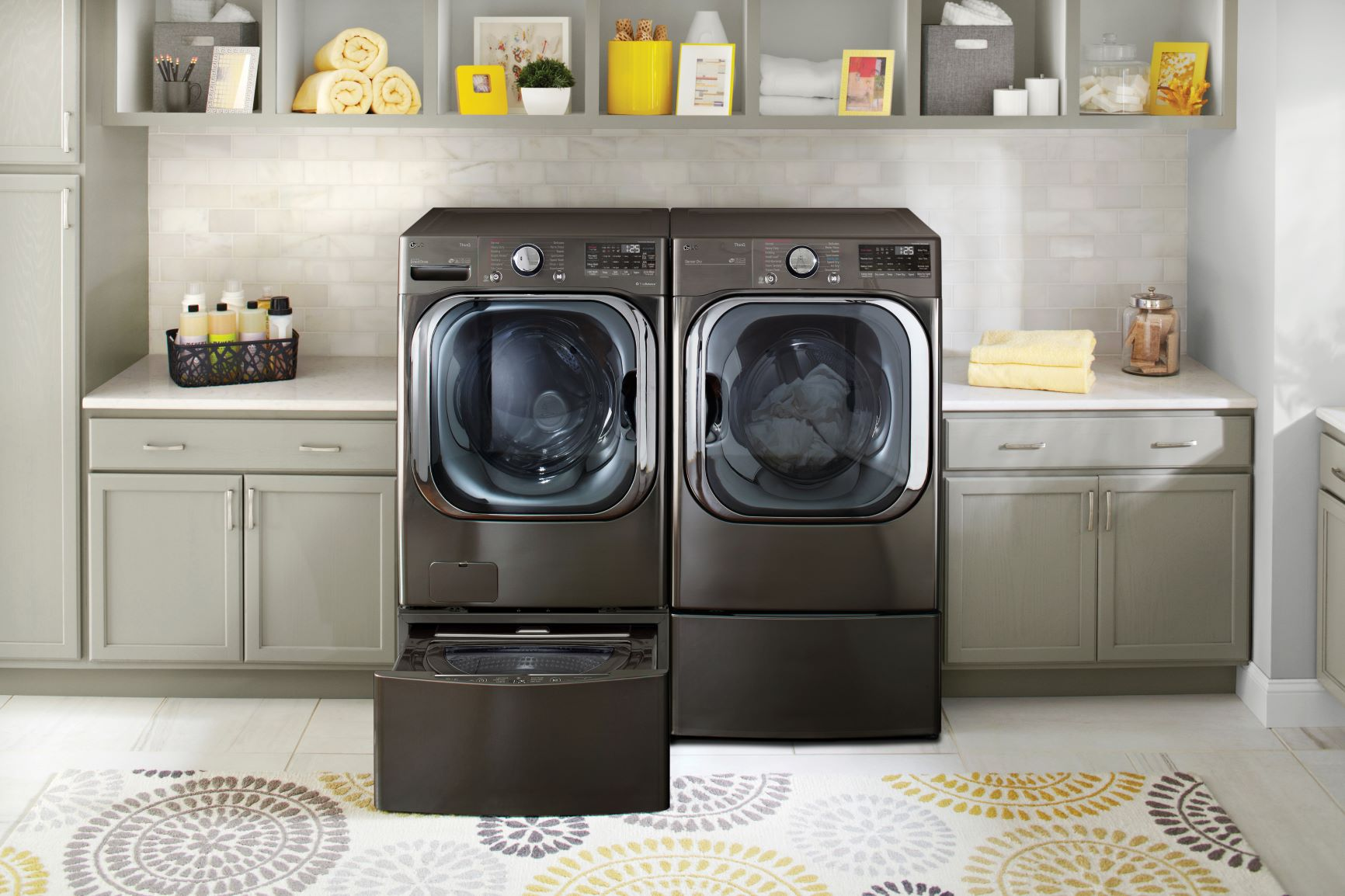 Η LG συστήνει τις νέες καινοτομίες στην πλύση με το νέας τεχνολογίας ΑΙ πλυντήριο ρούχων