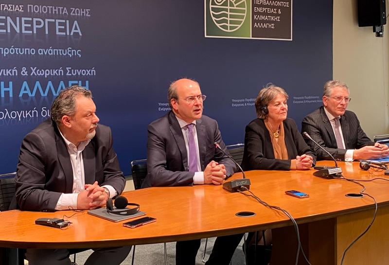 Κωστής Χατζηδάκης: Πόροι έως 4,4 δισ. ευρώ για τη Δίκαιη Μετάβαση των λιγνιτικών περιοχών