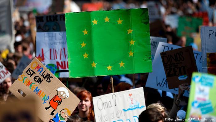 Στο 1 τρισ. ευρώ οι επενδύσεις για το Green Deal της Κομισιόν