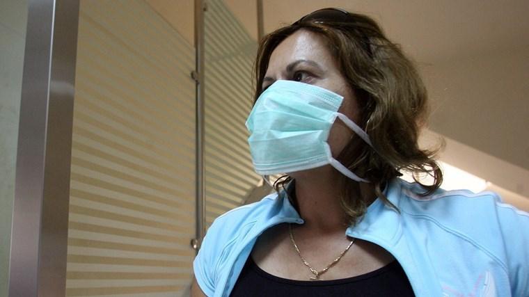 Οδηγίες για τη σωστή χρήση της χειρουργικής μάσκας
