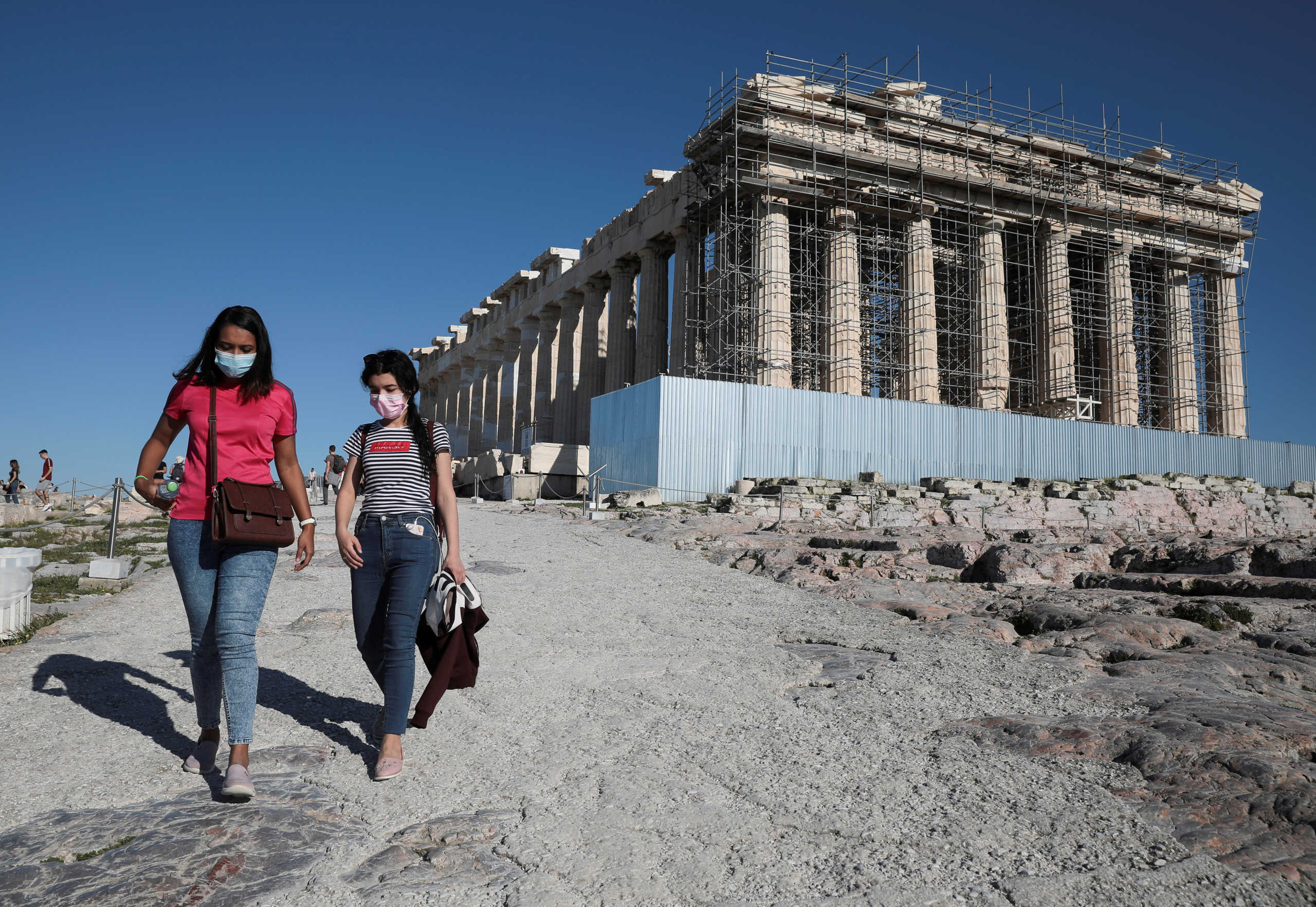Συνεργασία ΕΟΔΥ-Δήμου Αθηναίων για τον έλεγχο πολιτών για κορονοϊό