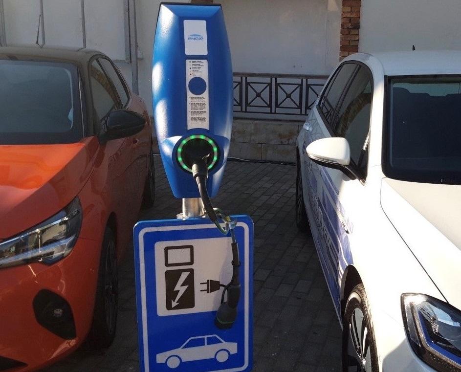 Σταθμός φόρτισης της ENGIE Hellas στην εκδήλωση ανακοίνωσης του Εθνικού Σχεδίου για τη Μετάβαση στην Ηλεκτροκίνηση