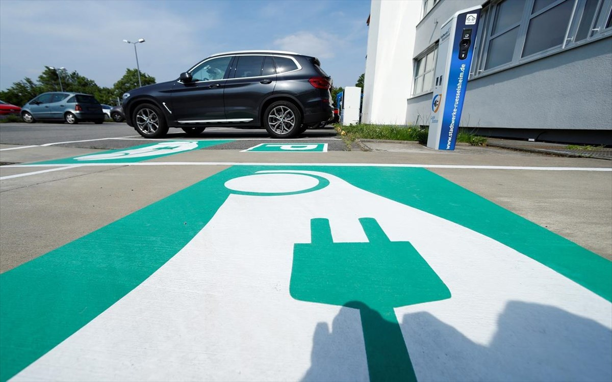 Ηλεκτροκίνηση: Χρηστικός οδηγός με 42 ερωτήσεις και απαντήσεις